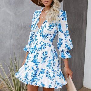 NWT Vici Padilla Floral Ruffle Backless Dress L